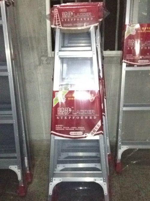 喜达耐不锈钢楼梯
