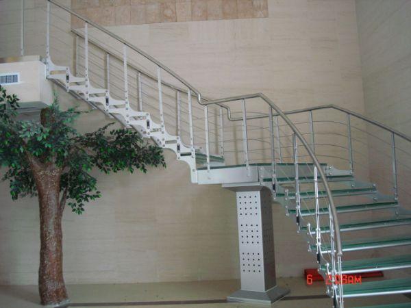粤美工程不锈钢楼梯