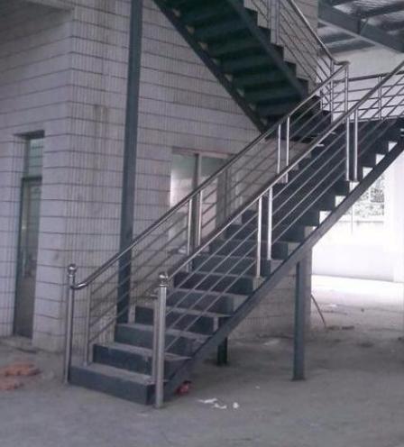 海外人才创新园钢结构楼梯